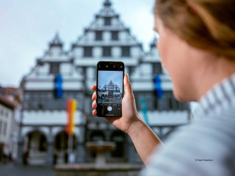 """Die digitale Transformation im urbanen Raum am Beispiel der """"Digitalen Heimat PB"""""""