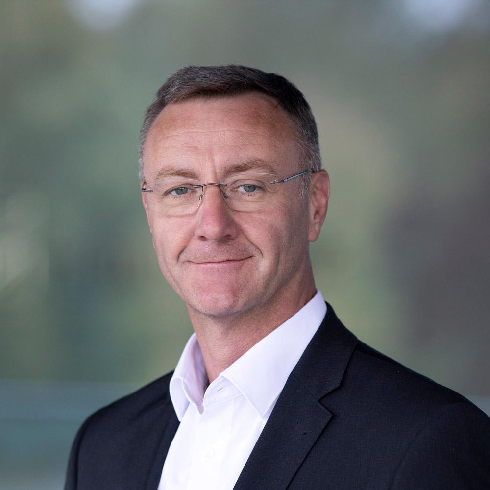 Andreas Klein •Autor • dto Speaker für die Digitale Transformation • Fraunhofer IEM • Unternehmensführung